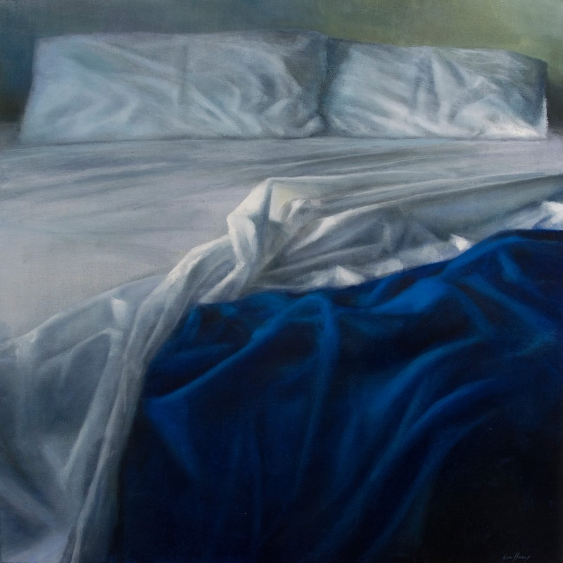 BED IN BLUE